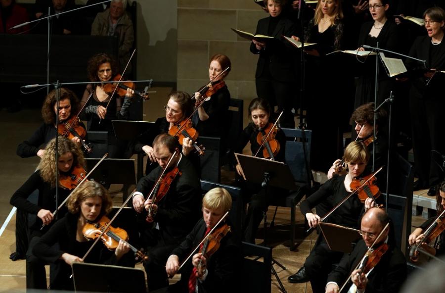 Sonderkonzert | 16./17.11.2013 | Johannes Brahms: Ein deutsches Requiem